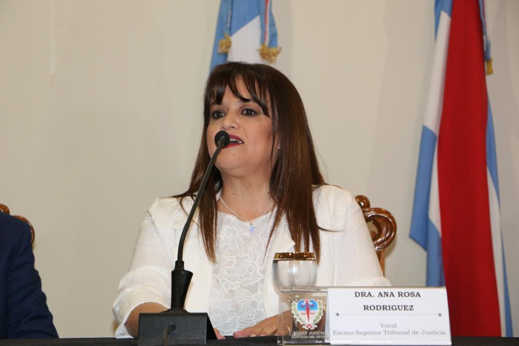 LA DRA. ANA ROSA RODRÍGUEZ ASUMIÓ COMO VOCAL DEL SUPERIOR TRIBUNAL DE JUSTICIA