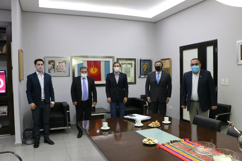 El Rector de la UNSE mantuvo una reunión sobre temáticas referidas a la educación con el Vicegobernador