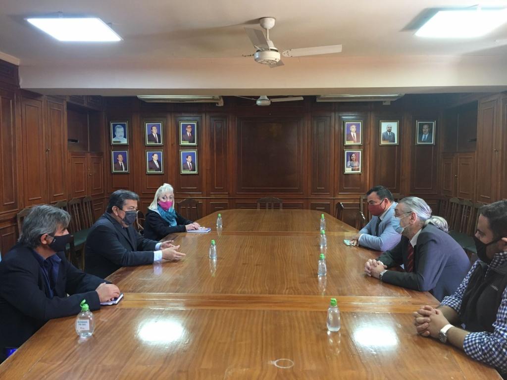 El Rector de la UNSE mantuvo una reunión con la Red Latino Americana de Derechos Humanos y Humanitarios