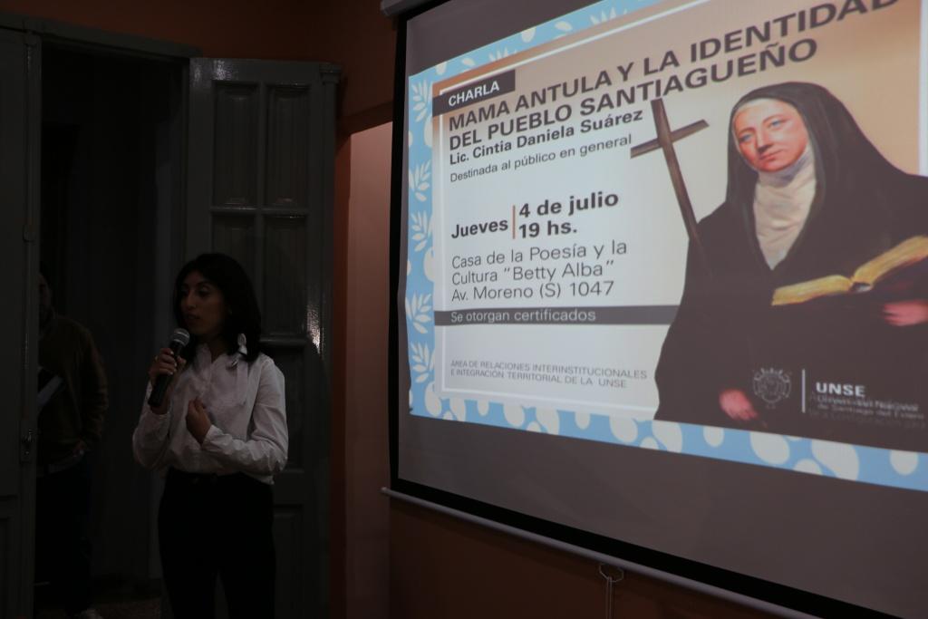 SE LLEVÓ A CABO LA PRESENTACIÓN DEL LIBRO SOBRE MAMA ANTULA