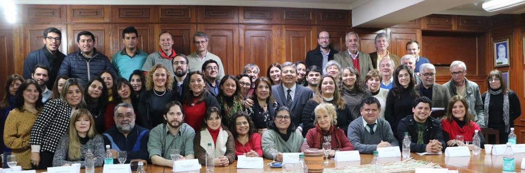 """ORGANIZAN EL """"I ENCUENTRO PROVINCIAL DE EGRESADOS UNIVERSITARIOS"""""""