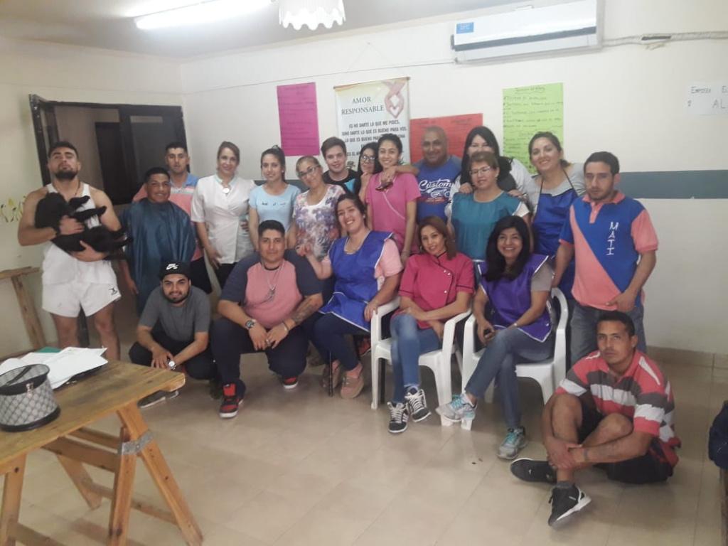 Alumnos de la Escuela de Artes y Oficios visitaron el CReASE